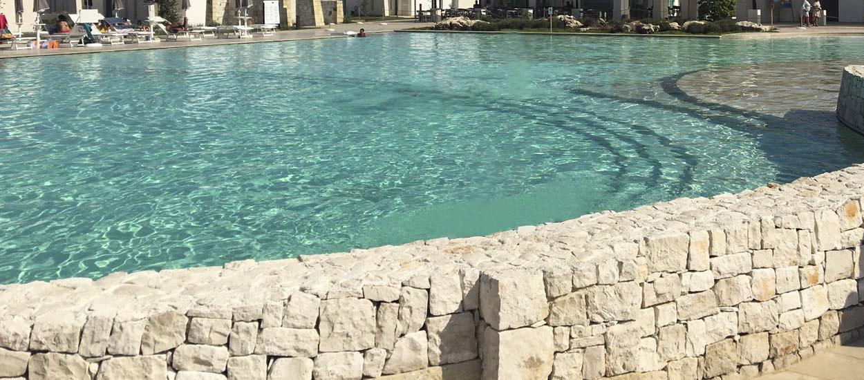 piscina in pietra naturale di soleto